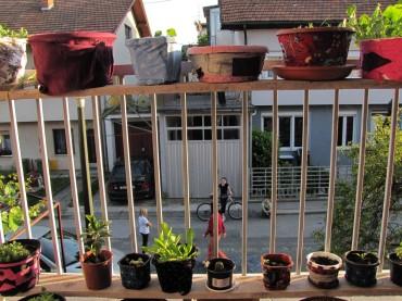 sa balkona 198